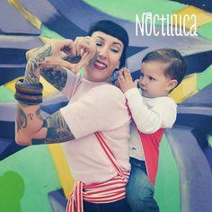 Foto by Noctiluca Trapitos #sanvalentin #puroamor #noctilucatrapitos #porteo #babycarrier