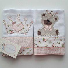 Baby Applique, Baby E, Baby Burp Cloths, Baby Princess, Cute Diys, Applique Designs, Baby Sewing, Baby Room, Patches