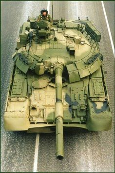 """bmashina: """" MBT Russian army after the parade """" i know that these tanks are much morenexpensive than but i just LOVE this Tank for the design Army Vehicles, Armored Vehicles, World Tanks, T 62, Tank Armor, Tank Destroyer, Armored Fighting Vehicle, Military Weapons, Military Force"""