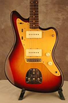 Vintage Guitars, Take pride in in making guitarist with the use of legitimate instruments. They usually have a vintagelook along with a performance of the most contemporary models. Fender Electric Guitar, Fender Guitars, All Music Instruments, Guitar Images, Guitar Online, Types Of Guitar, Guitar Pins, Beautiful Guitars, Guitar Design