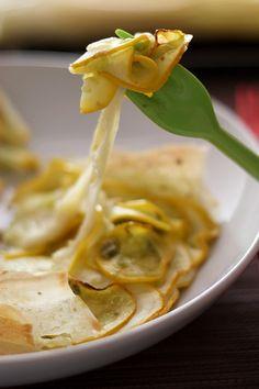 Tarte fine aux courgettes et mozzarella