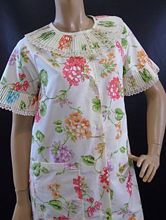 Komar for Leisurely Living Snap Down Floral by 777VintageStreet