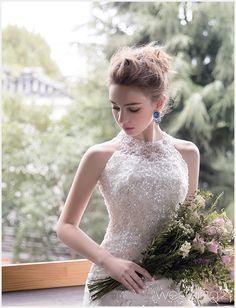 by Chung So Yeoun Wedding Louis Beautiful Girl Image, Beautiful Asian Girls, Bridal Dresses, Wedding Gowns, Opera Dress, Nice Dresses, Flower Girl Dresses, Photography Women, Beauty Women