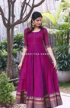 Long gown dress - 40 New ideas for dress long indian anarkali style Salwar Designs, Lehenga Designs, Kurti Designs Party Wear, Saree Blouse Designs, Long Gown Dress, Sari Dress, The Dress, Long Dresses, Dresses Dresses