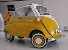 Funny - Mini BMW Isetta - Lol..!!