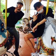 chanyeol and sehun exo in horse play IG pcy update last vacation after comeback Baekhyun, Park Chanyeol, Exo Ot12, Chanbaek, Kpop Exo, Exo K, Exo Couple, Exo Members, Boyfriend Material