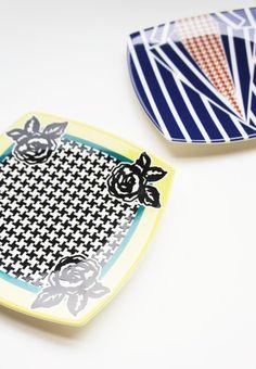 "ELEY KISHIMOTO×Styles NARUMI bone china square plates ""Tweed And Roses"",""School Of Dogs"""