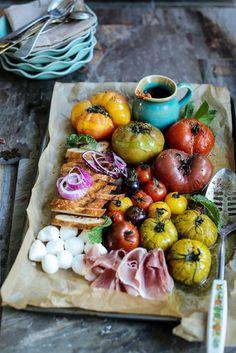 Panzanella Salad with Sun-Dried Tomato Dressing