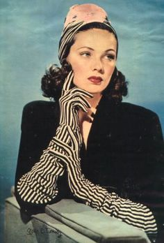 Vintage Fashion Stumbled upon this studio shot of Gene Tierney from the Black and white striped gloves, gah! Golden Age Of Hollywood, Vintage Hollywood, Classic Hollywood, Hollywood Hills, 1940s Fashion, Vintage Fashion, Caroline Reboux, Striped Gloves, White Gloves