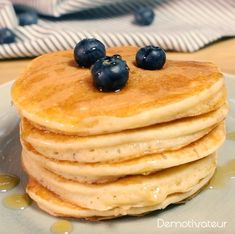 Pancakes with agave syrup - Les recettes sucrées - Salad Recipes Healthy Breakfast Desayunos, Breakfast Recipes, Healthy Salad Recipes, Healthy Soup, Fruit Pancakes, Blueberry Pancakes, Waffles, Snacks Sains, Salty Cake