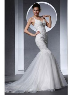 Trumpet/Mermaid V-Neck Court Train Organza and Lace Wedding Dress