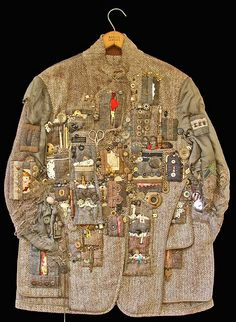 Hunting Jacket (Treasure) Hunting Jacket by Diane Savona. Awesome(Treasure) Hunting Jacket by Diane Savona. Art Du Fil, Hunting Jackets, Boro, Textile Artists, Mode Inspiration, Fabric Art, Refashion, Wearable Art, Fiber Art