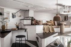 17m2-es mini lakás elképesztően ötletesen berendezve, okos megoldásokkal többszörözve a kis területet P11