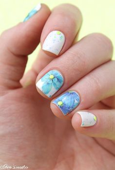 ▲ ▼ ▲ Coco's nails ▲ ▼ ▲: Yellow and blue