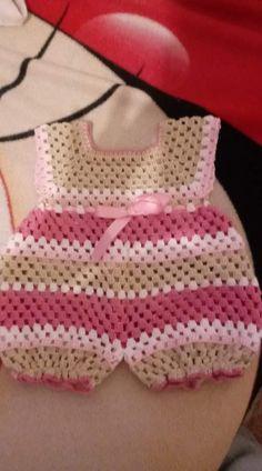 Crochet Baby Dress Free Pattern, Boy Crochet Patterns, Crochet Baby Poncho, Crochet Romper, Baby Girl Crochet, Crochet Baby Clothes, Crochet For Boys, Newborn Crochet, Crochet Blouse