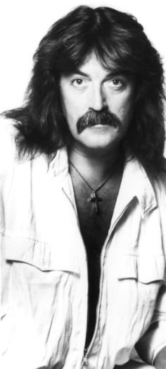 Jon Lord member of the pop group Deep Purple, but an excellent classical music composer in his own right. Famous Geminis, Jon Lord, Classical Music Composers, Smoke On The Water, Heavy Metal Music, Progressive Rock, Purple Band, Black Sabbath, Rock Music