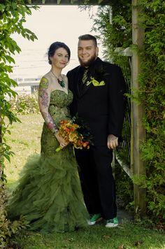 That green wedding dress!
