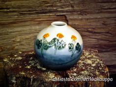 Savenvalajanhuone - Beauty that lasts. For more of our love poured into SHHS Ceramics, check out the Online Store: www.astiasto.com/verkkokauppa #dishes #ceramics #Finland #Lapland Finland, Vase, Ceramics, Dishes, Store, Check, Beauty, Home Decor, Ceramica