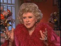 Humorist Phyllis Diller dies at 95 in Los Angeles Phyllis Diller, Laughing Animals, Celebrities Then And Now, Fashion Advertising, Laugh At Yourself, People Laughing, I Love Lucy, American Actress, Comedians