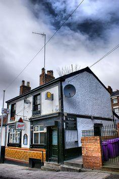 Ye Cracke Pub, Rice Street, Liverpool British Pub, British Isles, Old English Names, History Of England, Old Pub, Pub Signs, England Uk, My Happy Place, Liverpool