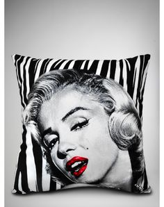 Marilyn Monroe Zebra Pillow. I WAAAAAAANT THIS!!!!!