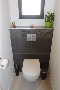 Discover recipes, home ideas, style inspiration and other ideas to try. Small Wc Ideas Downstairs Loo, Downstairs Cloakroom, Downstairs Toilet, Small Toilet Room, Small Bathroom, Toilette Design, Bathroom Toilets, Home Deco, Recherche Google