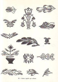 SIMBOLURI ARHAICE ROMANESTI [ III ] – un altfel de jurnal Folk Embroidery, Embroidery Ideas, My Doodle, Symbolic Tattoos, Pattern Illustration, World Cultures, Cross Stitch Designs, Ancient Art, Fabric Patterns
