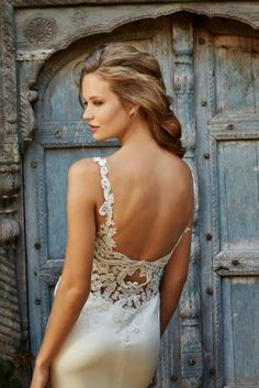 Discover the Willowby by Watters Cora Bridal Gown. Find exceptional Willowby by Watters Bridal Gowns at The Wedding Shoppe Wedding Dress Sizes, Used Wedding Dresses, Designer Wedding Dresses, Bridesmaid Dresses, Blush Bridal, Bridal Gowns, Wedding Gowns, Wedding Bride, Modest Wedding