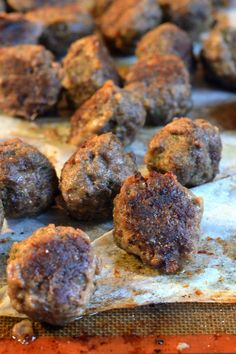 Who says you can't get crispy meatballs from the oven?  The best part about these meatballs are they don't taste like burnt oil.  They get nice a crispy on the outside but the heat of the oven keeps them moist and tender on the inside.  Total meatball keeper!!