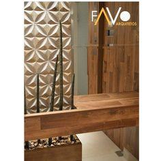 Hall de entrada: Espelho Bisotado + Mosaico Mármore + Madeira. Detalhe para cachepot com planta ...