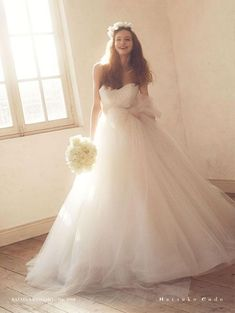 溢れ出るロイヤル感♡格式高い一流品『ハツコエンドウ』のドレスに感動*にて紹介している画像