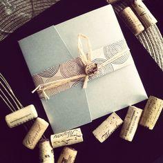 Vintage Wine themed Invitations   #CupcakeDreamWedding