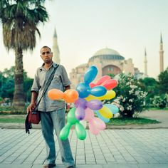 30 ideas for awesome balloon photos you can take today