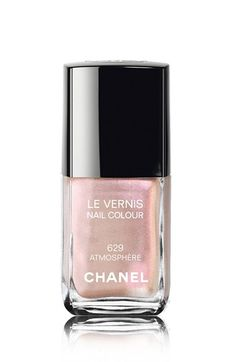 nail color in atmosphere / chanel