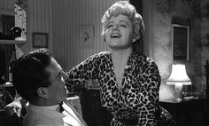 Shelley Winters, Lolita Winters goes the extra mile to portray a woman who has seen better days, a great performance from an actress who gave stellar performances throughout her long career - another perfect film! Hollywood Scenes, Hollywood Actor, Golden Age Of Hollywood, Hollywood Stars, Hollywood Actresses, Actors & Actresses, Vintage Glam, Vintage Hollywood, Classic Hollywood