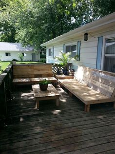 home made patio deck | DIY Patio furniture built with pallets (sofas & tables) | Decks