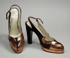 Лучших изображений доски «Обувь»  1300 в 2019 г.   Vintage fashion ... 46d4a284dba