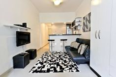 Quiet 1 bedroom apt in Copacabana Rio de Janeiro Located 600 metres from Post 7 - Arpoador, Quiet 1 bedroom apt in Copacabana offers accommodation in Rio de Janeiro. The apartment is 700 metres from Post 8 - Ipanema.  There is a dining area and a kitchenette equipped with microwave.