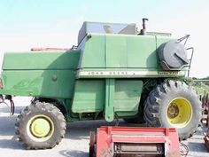 John Deere 7700 combine salvaged for used parts. This unit is available at All States Ag Parts in Black Creek, WI. Call 877-530-2010 parts. Unit ID#: EQ-24669. The photo depicts the equipment in the condition it arrived at our salvage yard. Parts shown may or may not still be available. http://www.TractorPartsASAP.com