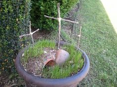 Easter garden small garden ideas pinterest gardens easter easter garden my friend nona made with her grands a definite will do negle Image collections