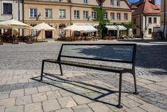 15 glass benches made of Pilkington Glass were unveiled on the market square of the Old Town in . Pilkington Glass, Old Town, Benches, Poland, Old Things, Old City, Banks