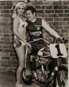 Gary Nixon,the legend Best Motorbike, Motorcycle Racers, Motorcycle Posters, Motorcycle Engine, Motorcycle Design, Flat Track Motorcycle, Flat Track Racing, Road Racing, British Motorcycles