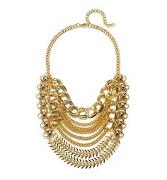 9 Styling Tricks From A Reality Show Star - bold necklaces