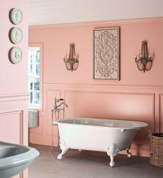 Freestanding Bath Gallery | Kohler Iron Works Historic Bath with Antique bath faucet