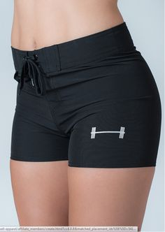 WHY WE MADE THIS We wanted to create a quad approved board short. With 4 way stretch and an athletic tailor, our board shorts will let you look great and move freely while at the beach, pool, lake and Athletic Fit Jeans, Athletic Women, Athletic Wear, Swim Shorts Women, Gym Shorts Womens, Shorts With Tights, Cute Shorts, Corps Parfait, Swimsuits