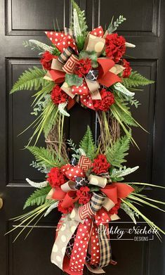 This wreath features geraniums and grasses on a oval with two beautiful bows. It will look gorgeous on your door for the Summer!**Want different bow colors? LIST colors wanted in the custom text box above.**Built on a oval natural grapevine wreath. Country Wreaths, Fall Wreaths, Door Wreaths, Christmas Wreaths, Christmas Decorations, Holiday Decor, Diy Wreath, Grapevine Wreath, Wreath Ideas