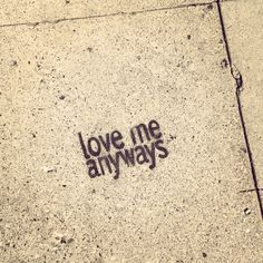 LA street art. #Graffiti MelroseAve #WestHollywood #NoOnesPerfect