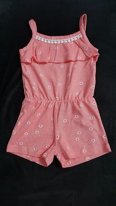 Girls Frock Design, Baby Dress Design, Kids Frocks Design, Baby Girl Party Dresses, Toddler Girl Dresses, Baby Girl Fashion, Kids Fashion, Kids Dress Wear, Baby Girl Dress Patterns