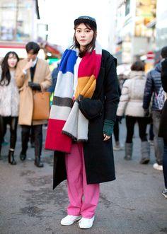 (18) 학생 / 신발 - 반스 귀여운 비니와 블랙 오버롤로 사랑스런 스타일링  패션/FringeJ/프린지j/프린지제이/스트릿패션/스트릿/street fashion