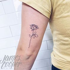 Continuous line rose tattoo Wild Rose Tattoo, Rose Tattoos, Trendy Tattoos, Small Tattoos, Danty Tattoos, Tatoos, Lace Tattoo, Sternum Tattoo, Wrist Tattoo